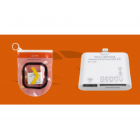 Адаптер Oxion Apple Lightning на 5 входов USB/SD/MS/MMC/M2/TF в зиплоке белый