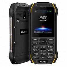 """Телефон Olmio X05 (2,4"""", 1700mAh, 2 SIM, камера, водонепроницаемый, противоударный) черно-желтый"""